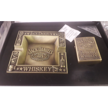 Подаръчен комплект пепелник със запалка – Джак Даниелс