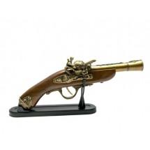 Ретро пистолет - запалка на стойка