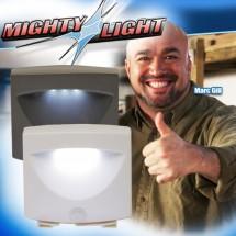 LED лампа на батерии с датчик за движение MIGHTY LIGHT