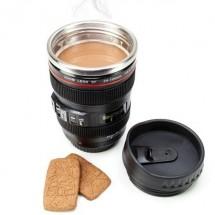 Черна термо чаша за кафе - обектив