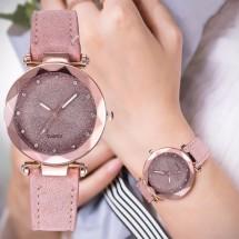 Луксозен дамски часовник с велурена каишка и кристали W WATCH-3