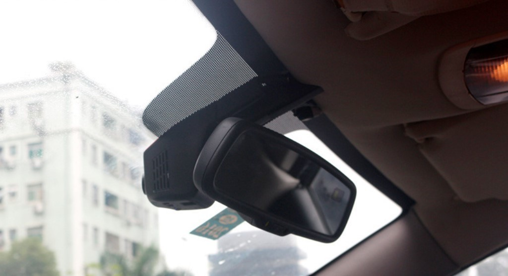 Видеорегистратор с две камери + WiFi и 1080p качество AC41 13