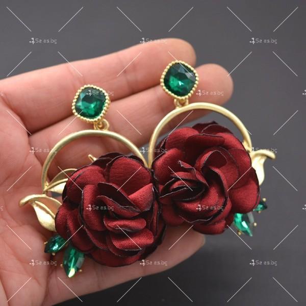 Модернизирани ретро обеци в Бароков стил с издължен непал и формата на роза A2 2