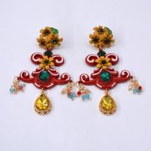 Модерни обеци с цветя, цветни камъни и основа с червен елемент от изтока А42