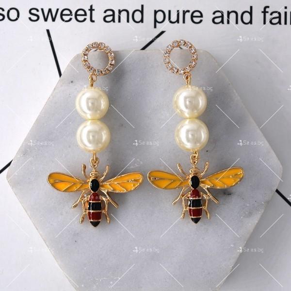 Дамски обеци с пчела, перли и цветни кристали А49