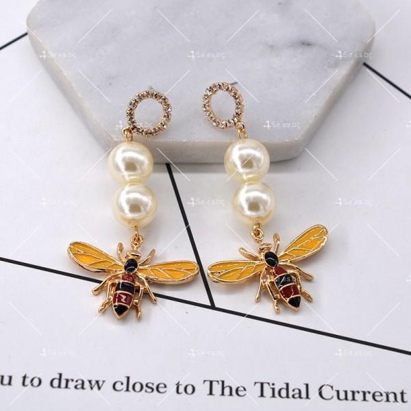 Дамски обеци с пчела, перли и цветни кристали А49 3