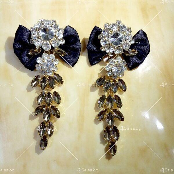 Прекрасни дамски обеци с черна панделка и кристали и брошка в същия стил А51