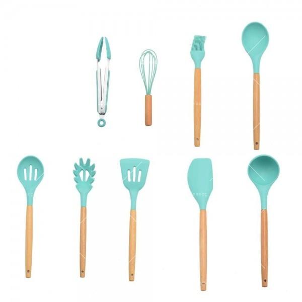 Кокетен силиконов готварски комплект от 9/10/12 части в пастелен цвят 15