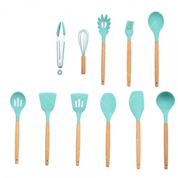 Кокетен силиконов готварски комплект от 9/10/12 части в пастелен цвят 17