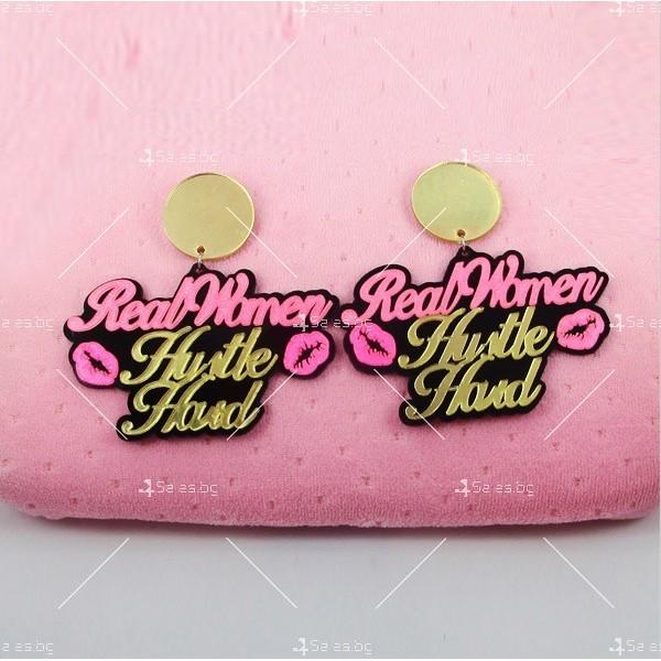 Дамски обеци и колие с надпис в розово и златно и целувки А70 1