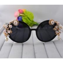 Овални слънчеви очила с богата декорация yj8