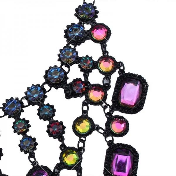 Масивно колие с големи кристали с различни форми D16 4