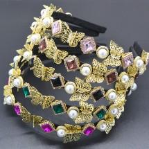 Диадема в стил Барок със златисти пеперуди, перли и цветни кристали F9