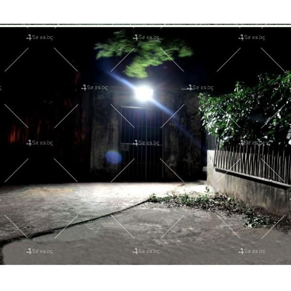 Прожектор за външен монтаж със соларен панел и дистанционно H LED34 8