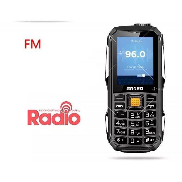 Удароустойчив GSM с две SIM карти, който зарежда други телефони C8000 3