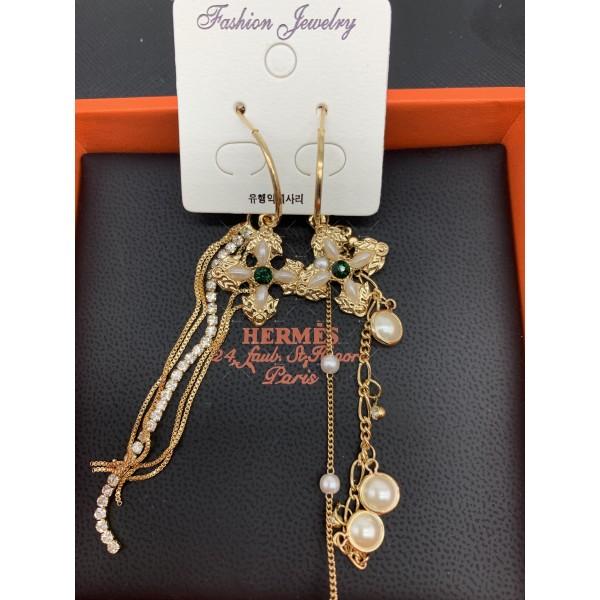 Дамски обеци големи златисти халки с висулка кръстче и синджирчета А116 2