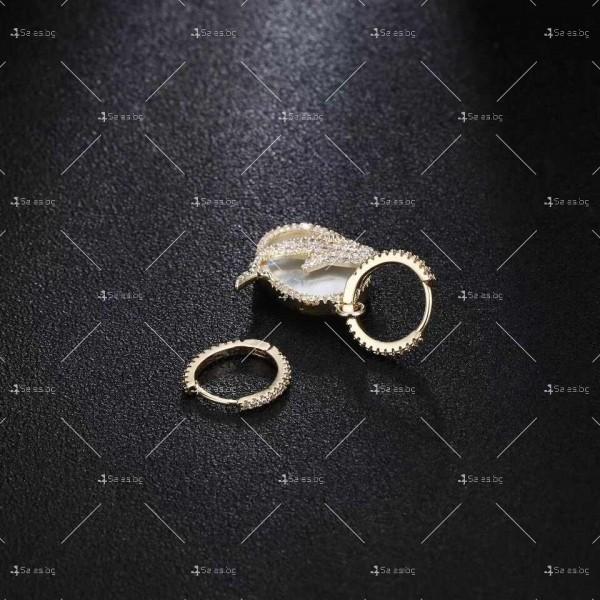 Малки златисти халки с висулка сфера с делфин А118 2