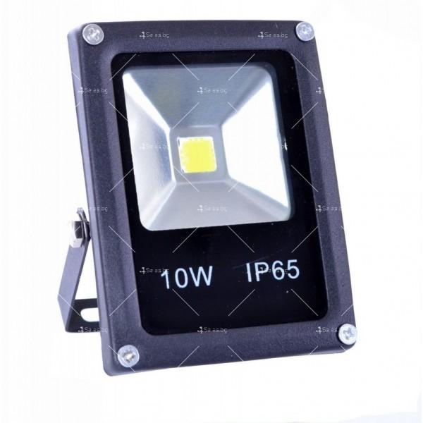 LED прожектор 10 W клас на защита IP65