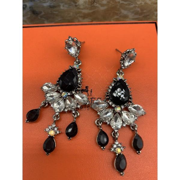 Нестандартни дамски обеци с бели, черни и перлени елементи А151 2