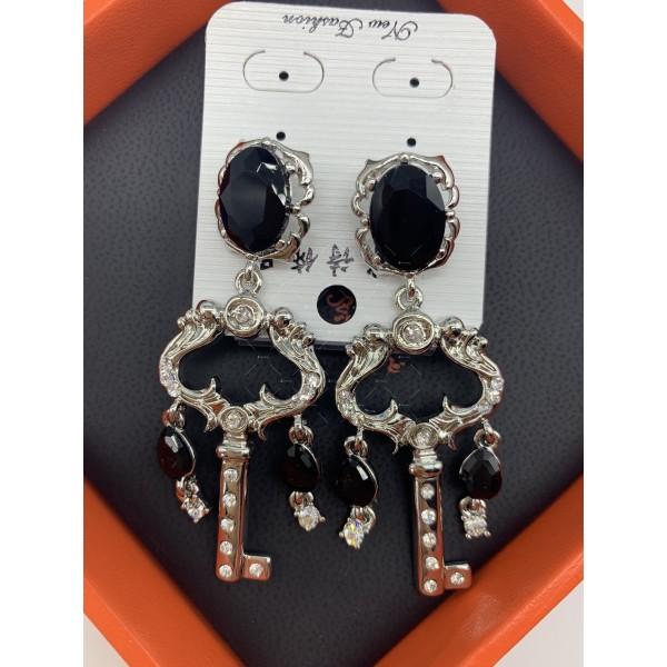 Нестандартни дамски обеци с бели, черни и перлени елементи А151 7