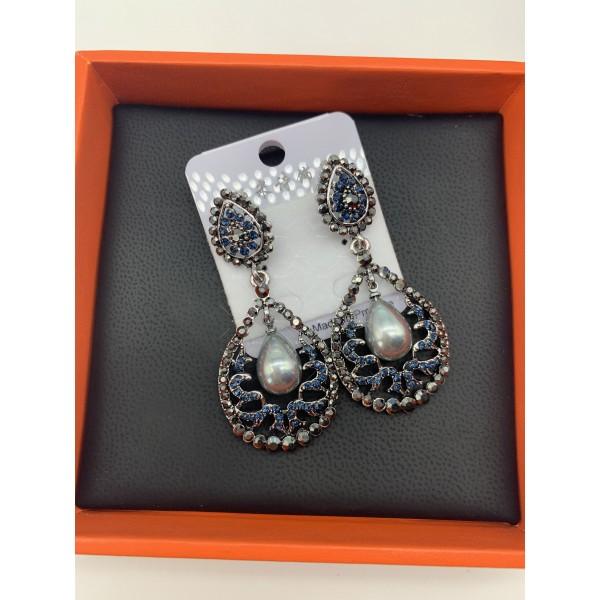 Нестандартни дамски обеци с бели, черни и перлени елементи А151 11