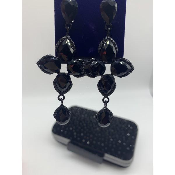 Обеци в черен цвят и кристали в различна форма А156 3