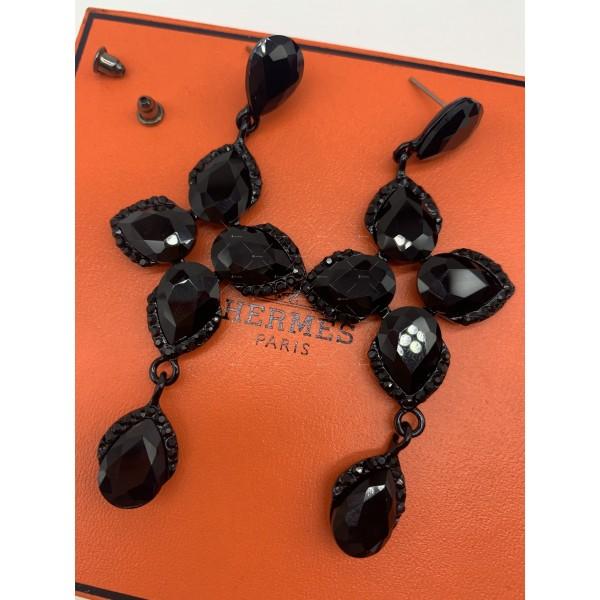 Обеци в черен цвят и кристали в различна форма А156 4