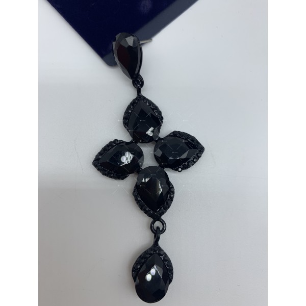 Обеци в черен цвят и кристали в различна форма А156 6