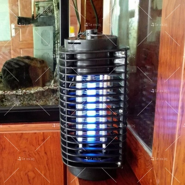 Компактна лампа против комари 7