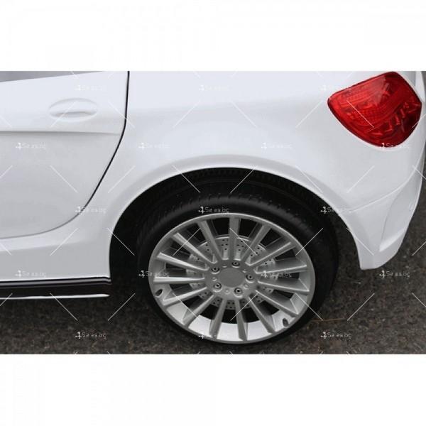 Акумулаторна кола тип Mercedes XMX – 815 отварящи врати 12 V 16