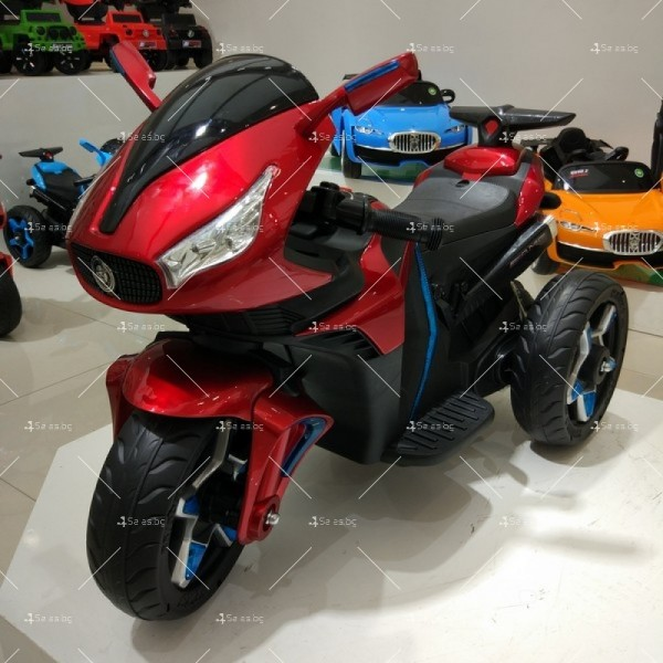 Акумулаторен мотор Shadow 12V с меки гуми и кожена седалка 2