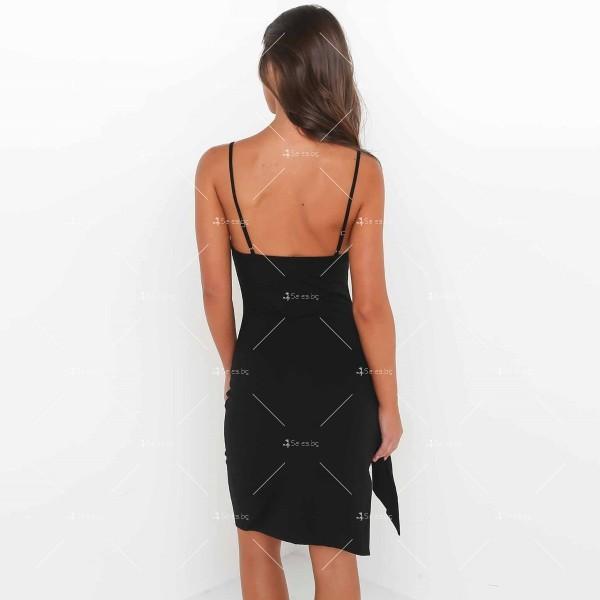 Дамска рокля до коляното с тънки презрамки, по тялото и отворено дясно бедро FZ8 5