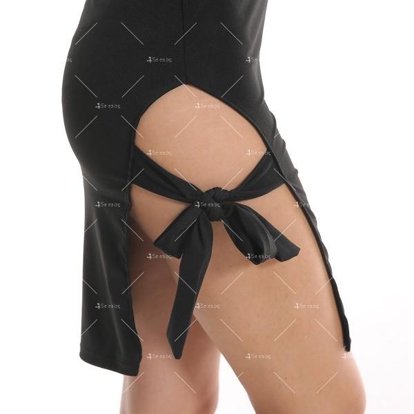 Дамска рокля до коляното с тънки презрамки, по тялото и отворено дясно бедро FZ8 14