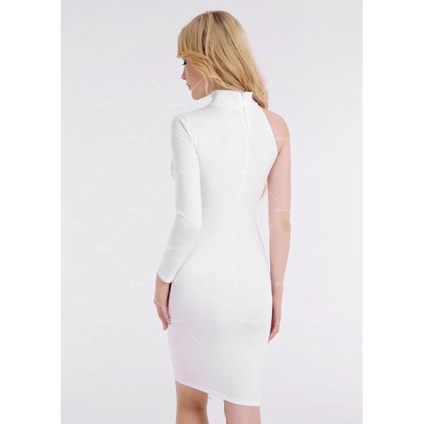 Елегантна рокля до коляното, голо рамо, един дълъг ръкав и чокър на врата FZ19 13