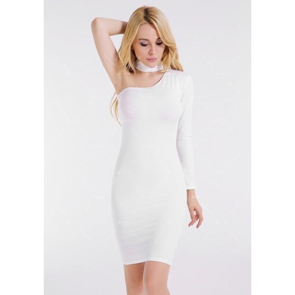 Елегантна рокля до коляното, голо рамо, един дълъг ръкав и чокър на врата FZ19 14