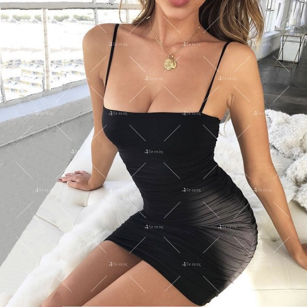 Къса рокля по тялото с тънки презрамки и набор отстрани FZ30 4