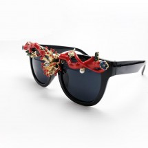 Слънчеви очила с рамка – бижу yj19