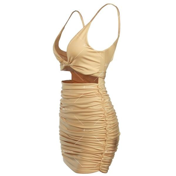 Къса рокля с изрязан корем, V-образно деколте и тънки презрамки FZ51 11