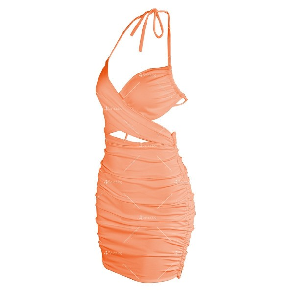 Къса дамска рокля с тънки презрамки и изрязано деколте FZ70 14