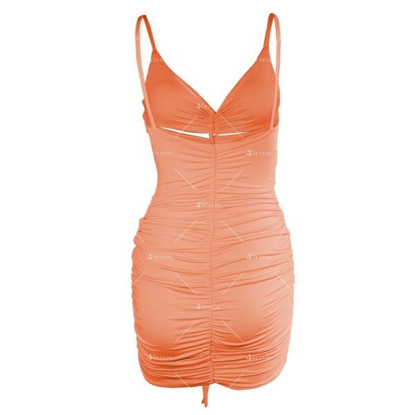 Лятна секси къса рокля с изрязани части и V-образно деколте FZ71 16