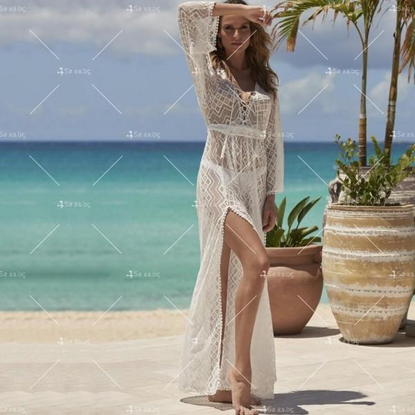 Плажна рокля с бродирана дантела в бял цвят Y90