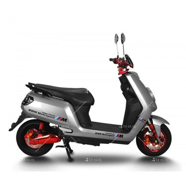 Универсален електрически скутер с мощност 1200W в различни цветове - MOTOR11 5