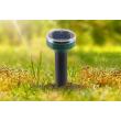Соларна LED лампа за осветяване на алеи и пътеки в градината с модерен дизайн 4