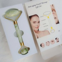Инструмент с два нефритни валяка за масаж на лицето – TV643