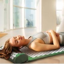 Йога мат с възглавничка с вградени шипове за акупунктурен масаж TV678