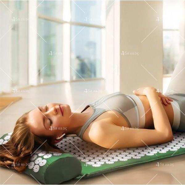 Йога мат с възглавничка с вградени шипове за акупунктурен масаж TV678 2