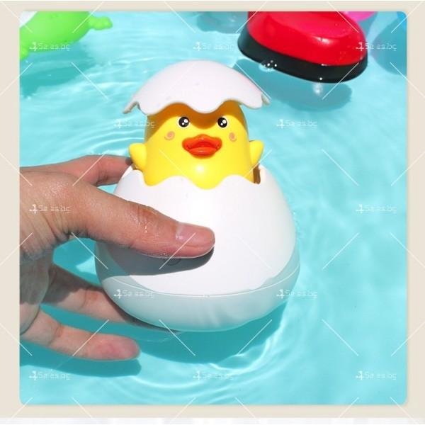 Детска забавна играчка за вана жълто пате в яйце WJ20 7