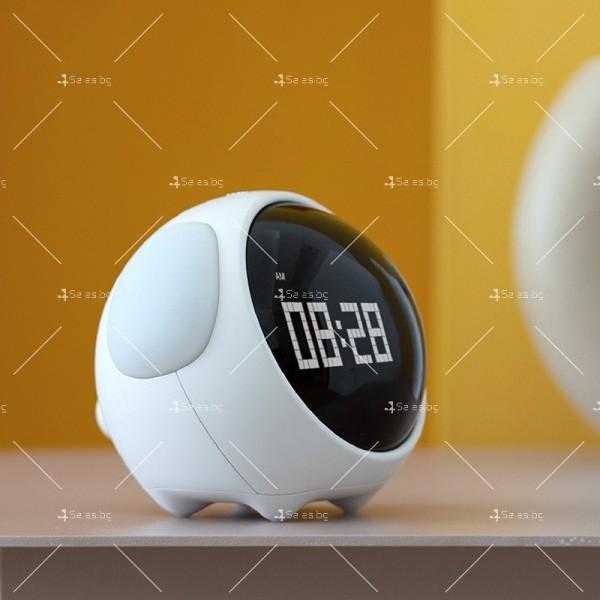 Емоджи часовник-аларма с голям цифров дисплей TV682 4