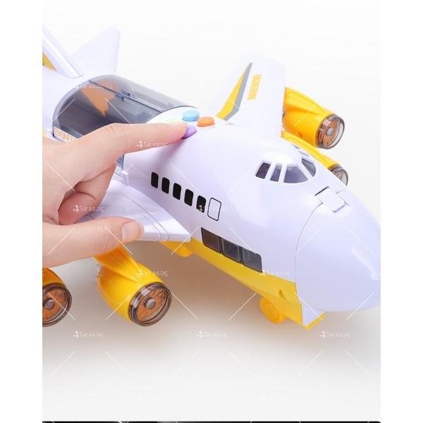 Комплект играчка самолет с писта за колички + 8 колички - WJ6 11