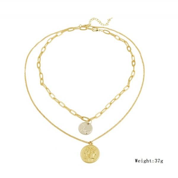 Различни видове дамски колиета в златист цвят с перли - D83 3